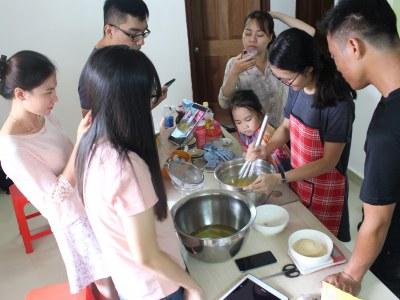 Nơi dạy làm bánh bông lan trứng muối ở TPHCM?