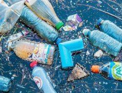 """Khoá học """"Làm máy Tái chế nâng cấp rác thải nhựa"""""""