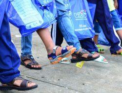 """Chương trình """"Giày Nhân Đôi"""" của DFC và Biti's đồng hành cùng trẻ em vùng sâu vùng xa"""
