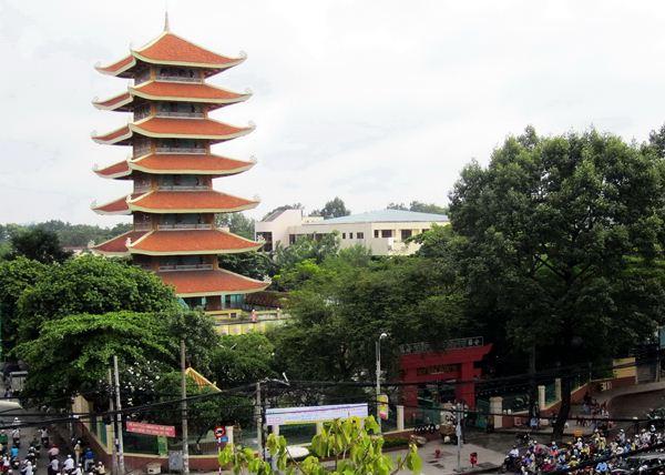 Chùa Việt Nam Quốc Tự quận 10