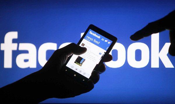 Kết bạn Facebook