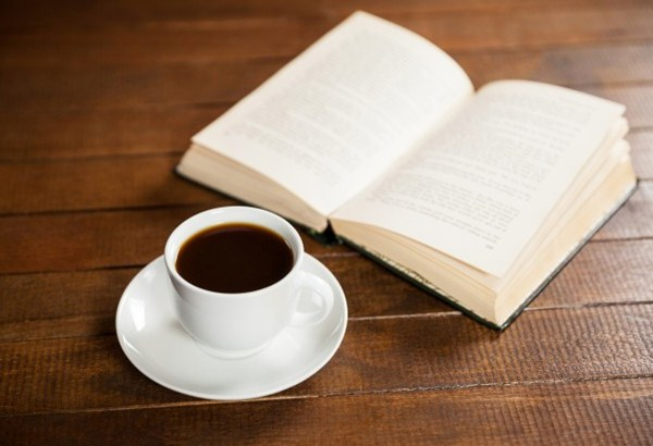 Sách và cà phê